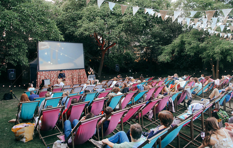 Enchanted Cinema presents: The Favourite  in Bristol 2019