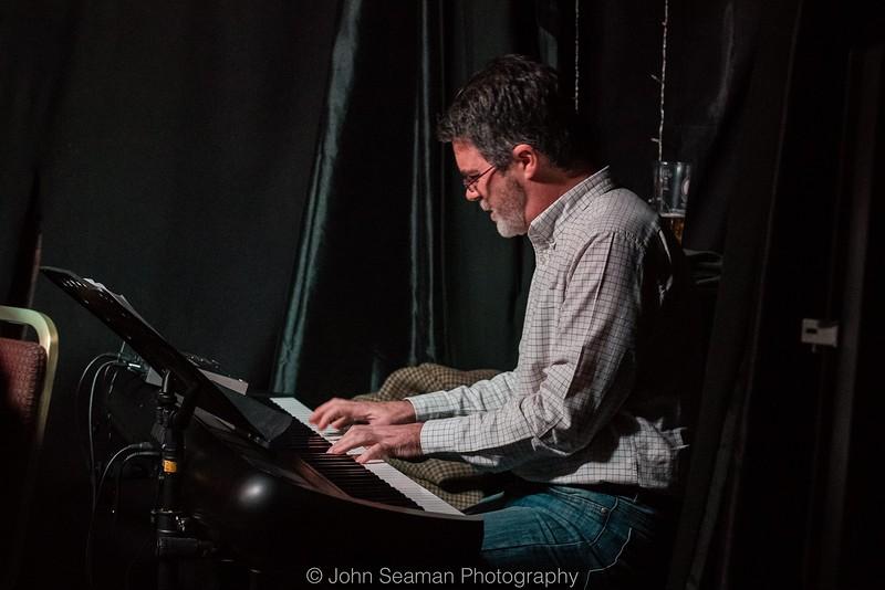 JOHN PEARCE & DAVE NEWTON BAND at Fringe Jazz