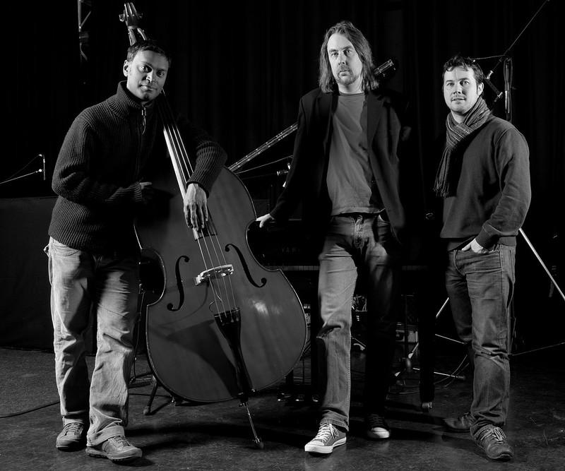 Jim Blomfield Trio at The Den - Dockside