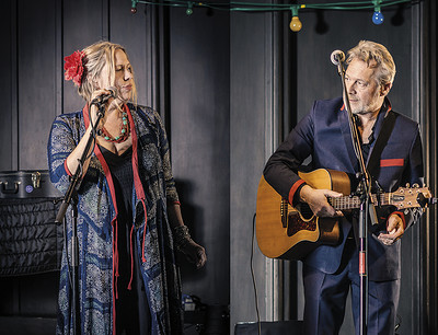 Naomi Bedford and Paul Simmonds at Bristol Folk House in Bristol