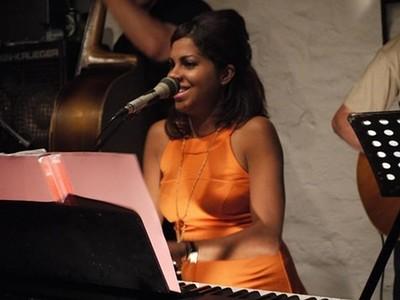 Flaca Piano at El Rincon in Bristol