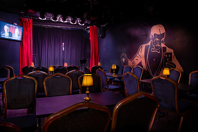One-Man - Comedy & Magic Show at Smoke & Mirrors in Bristol