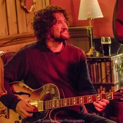 Denny Ilett plays Led Zeppelin at The Bristol Fringe in Bristol