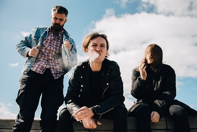 GLOO (Hassle Records) + BAD NEWS FIRST at The Lanes in Bristol