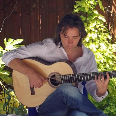 Spanish Flamenco Guitarist Cuffy at The Shakespeare Totterdown in Bristol